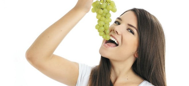 mangiare uva fa bene