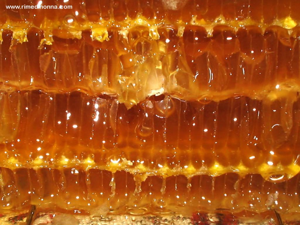 il miele, un perfetto rimedio della nonna per la tosse