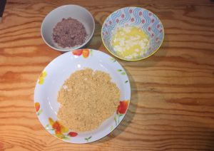 Prepariamo la base - Torta mousse