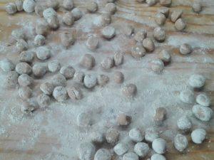 2) Gnocchi di castagne