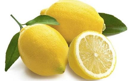 limone: un ottimo rimedio della nonna contro la sudorazione