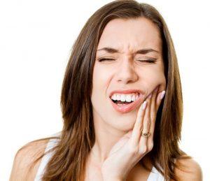 rimedi naturali per l'ascesso dentale