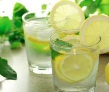 benefici-bere-acqua-limone