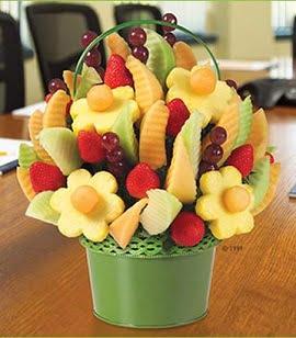 Un bouquet di frutta e verdura stupirà i vostri ospiti!