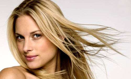 Rimedi naturali per i capelli rovinati dalla permanente