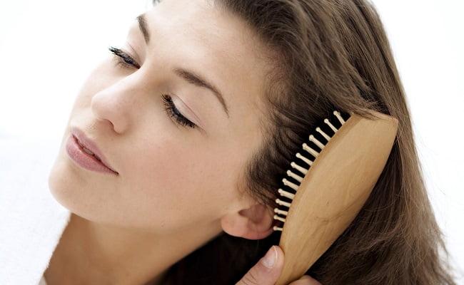 Come districare i capelli con i rimedi naturali della Nonna