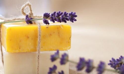 Stanchi di comprare saponi chimici? Da oggi potrete scoprire come fare un sapone fatto in casa naturale!