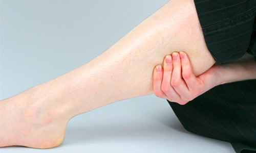I crampi: cause, motivazioni e rimedi naturali