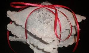 Ecco come fare dei cuscini caldi e profumati per l'inverno, per muscoli, dolori e cervicali!