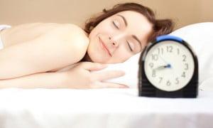 Pensate che stare svegli serve a dimagrire? Vi sbagliate, e adesso la Nonna vi spiega perchè!