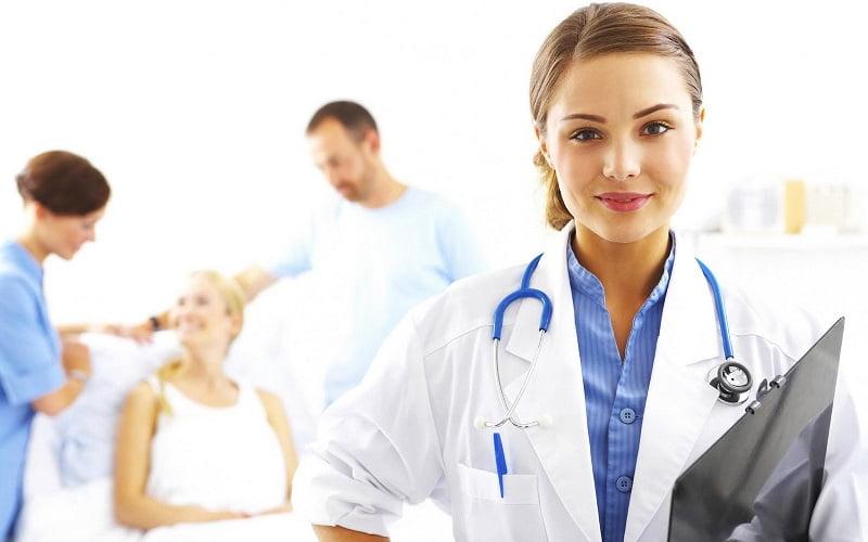 Vantaggi e svantaggi sul trovare informazioni online su patologie e i farmaci