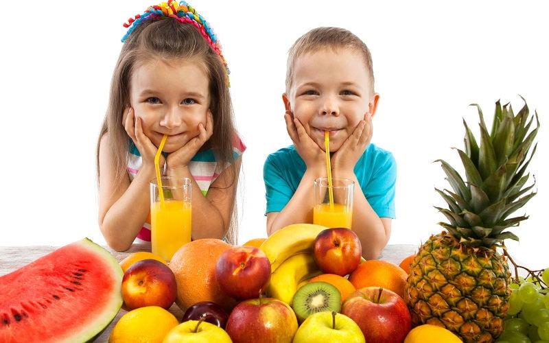 Come far mangiare frutta e verdura ai bambini