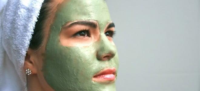 maschera-argilla-bentonite-fai-da-te
