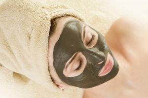 maschera contro la pelle flaccida
