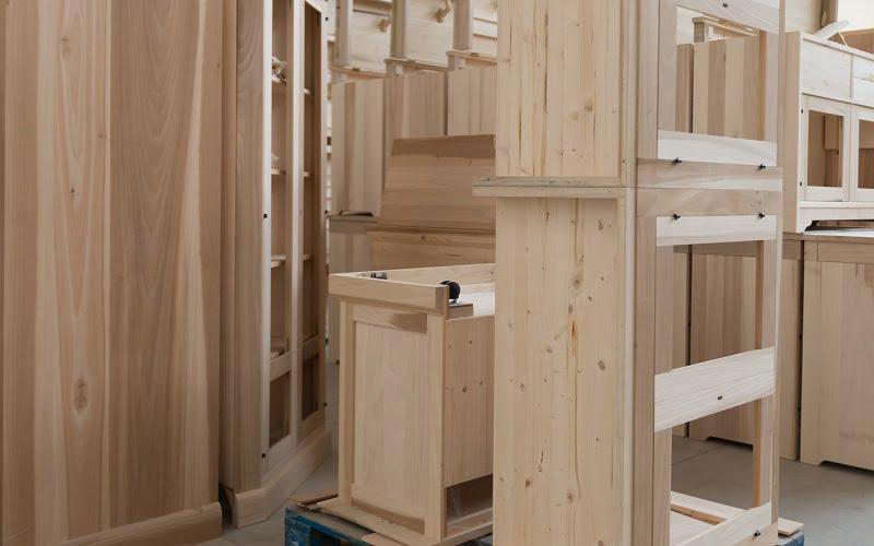 Come personalizzare l'arredamento di casa con i mobili grezzi