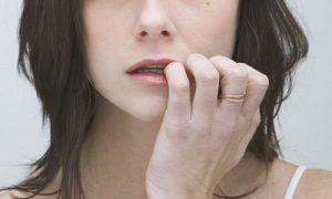 mordersi le unghie, una cattiva abitudine da perdere