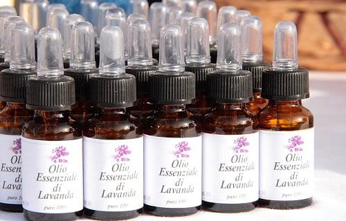 olio-essenziale-lavanda-1-rimedinonna