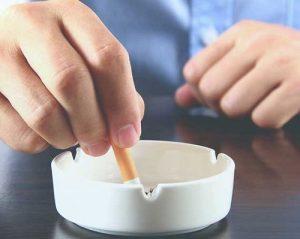 La reazione di un organismo se smettere di fumare