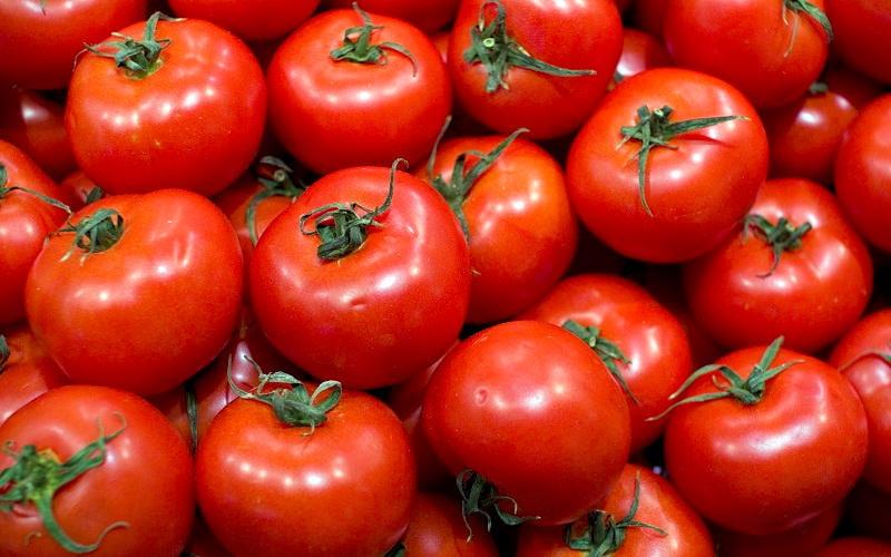 Cosmetici naturali a base di pomodori