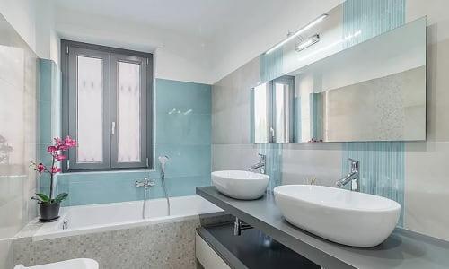 pulire il bagno è la chiave per una corretta igiene di casa