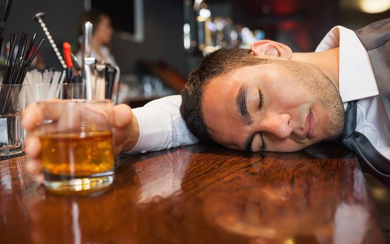 Alito alcolico: come liberarsi dal cattivo odore