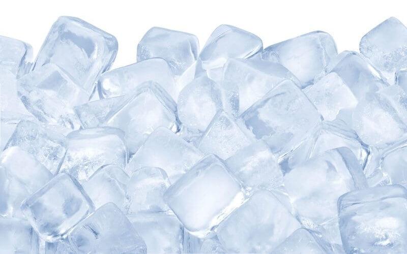 Come usare i cubetti di ghiaccio per la pelle e altri rimedi