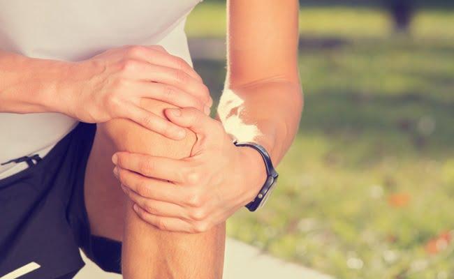 sintomi di un dolore al ginocchio