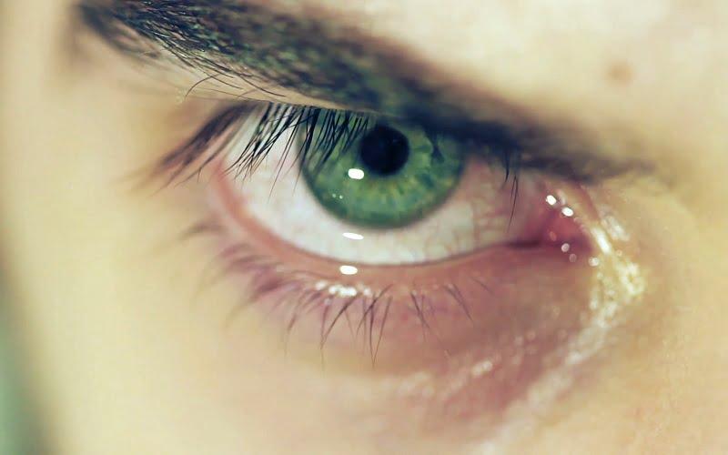 I rimedi della Nonna per la lacrimazione abbondante o eccessiva degli occhi