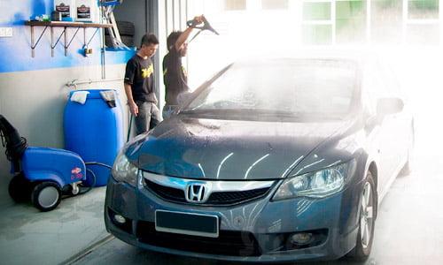 Rimedi casalinghi per la pulizia dell'auto