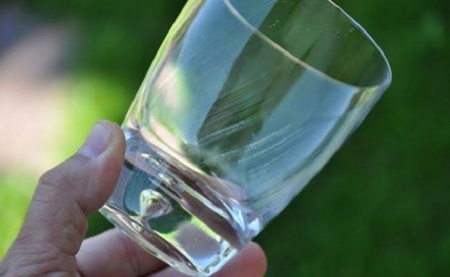 Come sbarazzarsi del problema dei bicchieri opachi in lavastoviglie