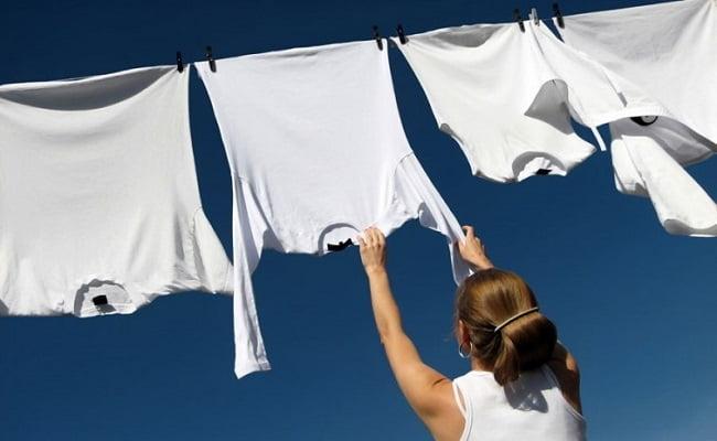 Rimedi e trucchi della Nonna per far tornare bianco il bucato