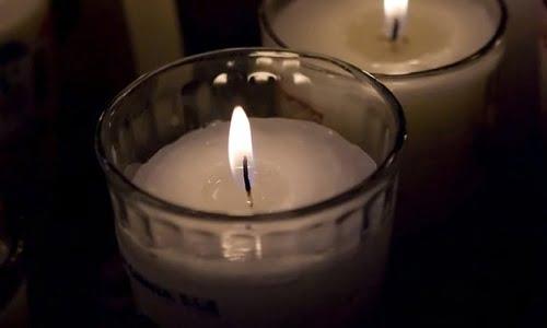 una candela pulita che brilla