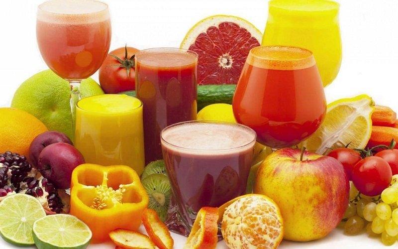 Meglio i succhi di frutta freschi o i frutti interi?