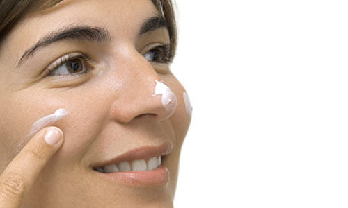 Trattamenti naturali per l'acne rosacea