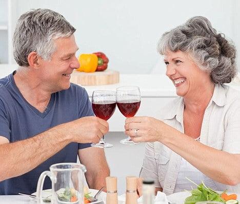 Bevete un bicchiere di vino a pasto e sarete sempre in forma!